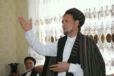 محمد محقق: ارگ قوم گرایی را در پیش گرفته است