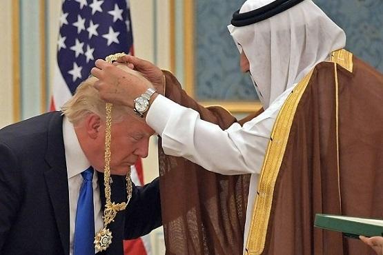 بازی ساده ترامپ برای دوشیدن ملک سلمان