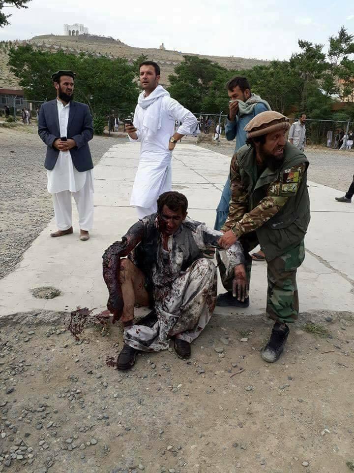 سه انفجار پی هم در مراسم نماز جنازه پسر محمد علم ایزدیار