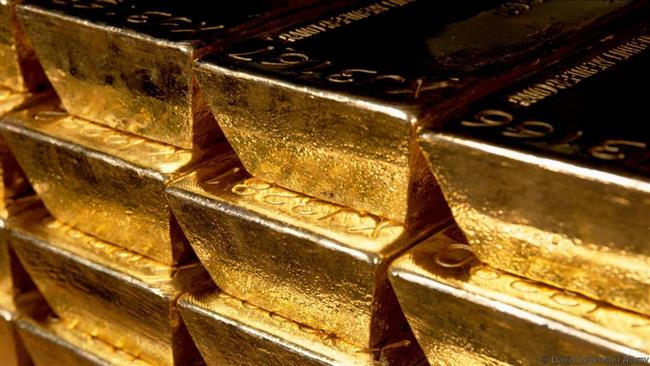 Russia buying more gold in push away from dollar