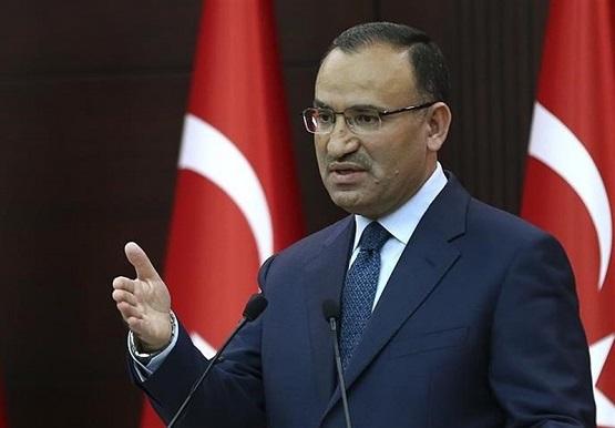 آنکارا: آمریکا اگر خواستار درگیری با ترکیه نیست، از تروریستها حمایت نکند