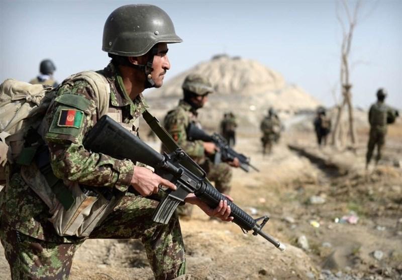 کارشناس روس: امریکا از ارتش افغانستان به عنوان سپر انسانی استفاده میکند